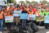 Daha Temiz Bir Dünya İçin Çöp Topladılar