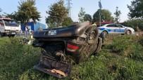 ATATÜRK BULVARI - Düğüne Giden Otomobil Takla Attı Açıklaması 3 Yaralı