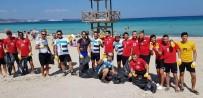 SOKAK KÖPEĞİ - Dünya Temizlik Günü'nde Çeşme Plajları Temizlendi