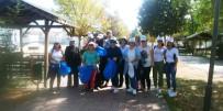 Dünya Temizlik Gününde Çöp Topladılar