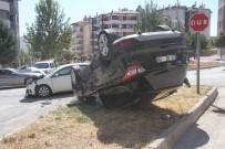Elazığ'da İki Otomobil Çarpıştı, Biri Takla Attı  Açıklaması4 Yaralı