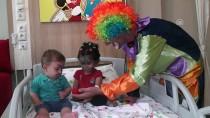 Ödemiş Devlet Hastanesinde Çocuklara Palyaço Hizmeti