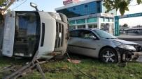 ATATÜRK BULVARI - Samsun'da Otomobil İle Kamyonet Çarpıştı