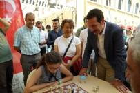 SATRANÇ FEDERASYONU - Samsun'da Sokak Ortasında Satranç Etkinliği