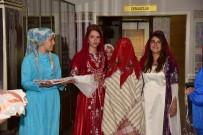 KıNA GECESI - Yaşayan Şehir Müzesi'nde Geleneksel Kına Gecesi İzleyenleri Mest Etti
