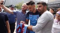 JURAJ KUCKA - Burak Yılmaz, Trabzonspor'un Alanya Kafilesinde Yer Almadı