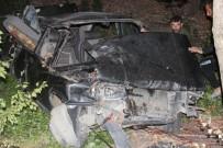 Erzincan'da Otomobil Şarampole Devrildi Açıklaması 4 Yaralı