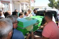 TİCARİ TAKSİ - Feci Kazada Baba Ve 2 Oğlu Öldü