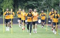 FLORYA - Galatasaray, Lokomotiv Moskova Maçının Hazırlıklarını Sürdürüyor