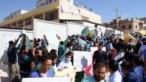 AMBULANS ŞOFÖRÜ - İdlib'de Sağlıkçılardan Esed Rejiminin Saldırılarına Protesto