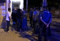 SAKARYA CADDESİ - İntihar Teşebbüsünde Bulunan Kadını Polis İkna Etti
