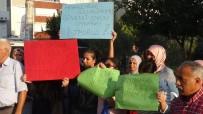 YıLDıZ MAHALLESI - İzmir'de Mahallelinin 'Fuhuş' Eylemi