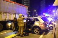 HAKAN YILMAZ - İzmir'de Zincirleme Kaza Açıklaması 1 Ölü, 4 Yaralı