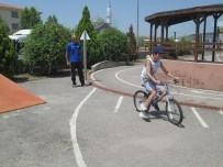 İzmit Belediyesi'nden 3 Ayda Bin Çocuğa Bisiklet Eğitimi