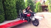 'Uçan Motosiklet' Hayaliyle Motoruna Kanat Ve Pervane Taktı