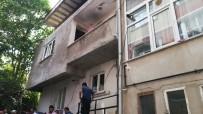 3 Katlı Binada Çıkan Yangın Paniğe Neden Oldu