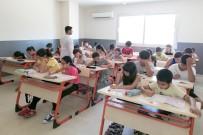Adana'da Ücretsiz Eğitim İçin 25 Bin Öğrenci Sınava Girdi