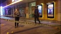 ATATÜRK BULVARI - Adıyaman'da İş Merkezinden Havaya Ateş Açıldı