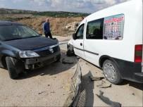 KIZ ÇOCUĞU - Bilecik'te Trafik Kazazı; 5 Yaralı