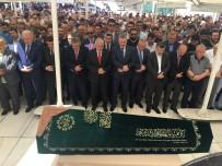 SEMİHA YILDIRIM - Binali Yıldırım Yengesinin Cenaze Törenine Katıldı