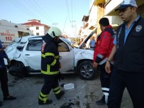 TRAFİK IŞIĞI - Gediz'de Trafik Kazası Açıklaması 1 Yaralı