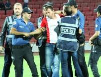 KARAOĞLAN - Hakeme kafa attı! Maç iptal edildi!