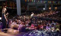 CUMHURİYET HALK PARTİSİ - Huzur Kent Meydanı Koray Avcı Konseriyle Açıldı