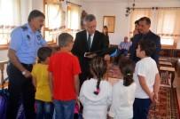 İhtiyaç Sahibi Çocuklara Kırtasiye Yardımı Yapıldı