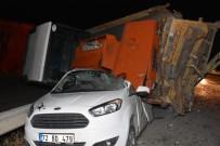 İŞ MAKİNASI - Kazayı Ucuz Atlattılar