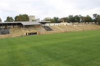 NAMIK KEMAL - Namık Kemal Stadı Yeniledi