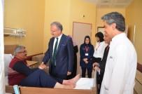 Rektör Akın Levent, Hastaları Ziyaret Etti