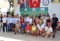 NAMIK KEMAL - Senyör Tenisçiler Turnuvası'nda Kupalar Sahiplerini Buldu