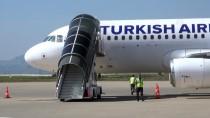 ŞERAFETTIN ELÇI - Şerafettin Elçi Havalimanı'nda Yolcu Trafiği
