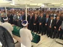 SEMİHA YILDIRIM - TBMM Başkanı Binali Yıldırım Dayısının Eşinin Cenaze Törenine Katıldı