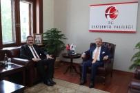 Vali Çakacak, Anadolu Üniversitesi Rektörü Çomaklı'yı Kabul Etti