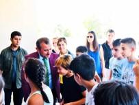 BAĞIMLILIK - Vali Sonel, Eğitim Öğretim Yılının İlk Gününde Öğrencilerle Bir Araya Geldi