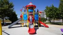 Yunus Emre Mahallesindeki Parkın Oyun Grupları Yenilendi