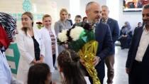 İŞADAMLARI - AK Parti İstanbul Milletvekili Kılıç'tan Gürcistan'daki TMV Okuluna Ziyaret