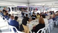 Başkan Karaosmanoğlu, Kent Meydanı'nda Esnafla Buluştu