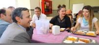 ERCIYES ÜNIVERSITESI - ERÜ Rektörü Çalış, Rektör Olarak Yemekhanedeki İlk Yemeğini Öğrencilerle Birlikte Yedi