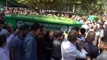 YıLMAZ ÖZTÜRK - Kazada Ölen Amatör Futbolcu Ve Babası Son Yolculuğuna Uğurlandı