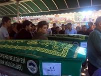 YıLMAZ ÖZTÜRK - Kazada Ölen Genç Futbolcu Ve Babası Son Yolculuğuna Uğurlandı
