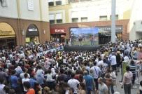 Minikler Forum Mersin'de 'Rafadan Tayfa'yla Eğlendi