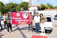 ATATÜRK ANITI - Otomobil Tutkunundan İlginç Evlilik Teklifi