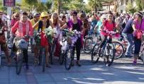 'Süslü Kadınlar Bisiklet Turu' Düzenledi