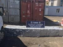 Van'da Ev Eşyalarının İçerisinde 10 Bin Paket Kaçak Sigara Ele Geçirildi