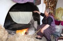 Yozgat'ta Yufka Ekmekler İmece Usulüyle Hazırlanıyor