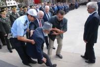 88 Yaşındaki Kore Gazisi, Törende Rahatsızlanınca Polis Otosu İle Evine Götürüldü