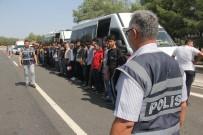 Adana'da 49 Kaçak Göçmen Yakalandı