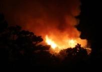 GÜVENLİK ÖNLEMİ - Antalya'da  Orman Yangını Devam Ediyor
